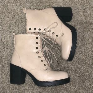 Cathy Jean boots - would be cute for Coachella